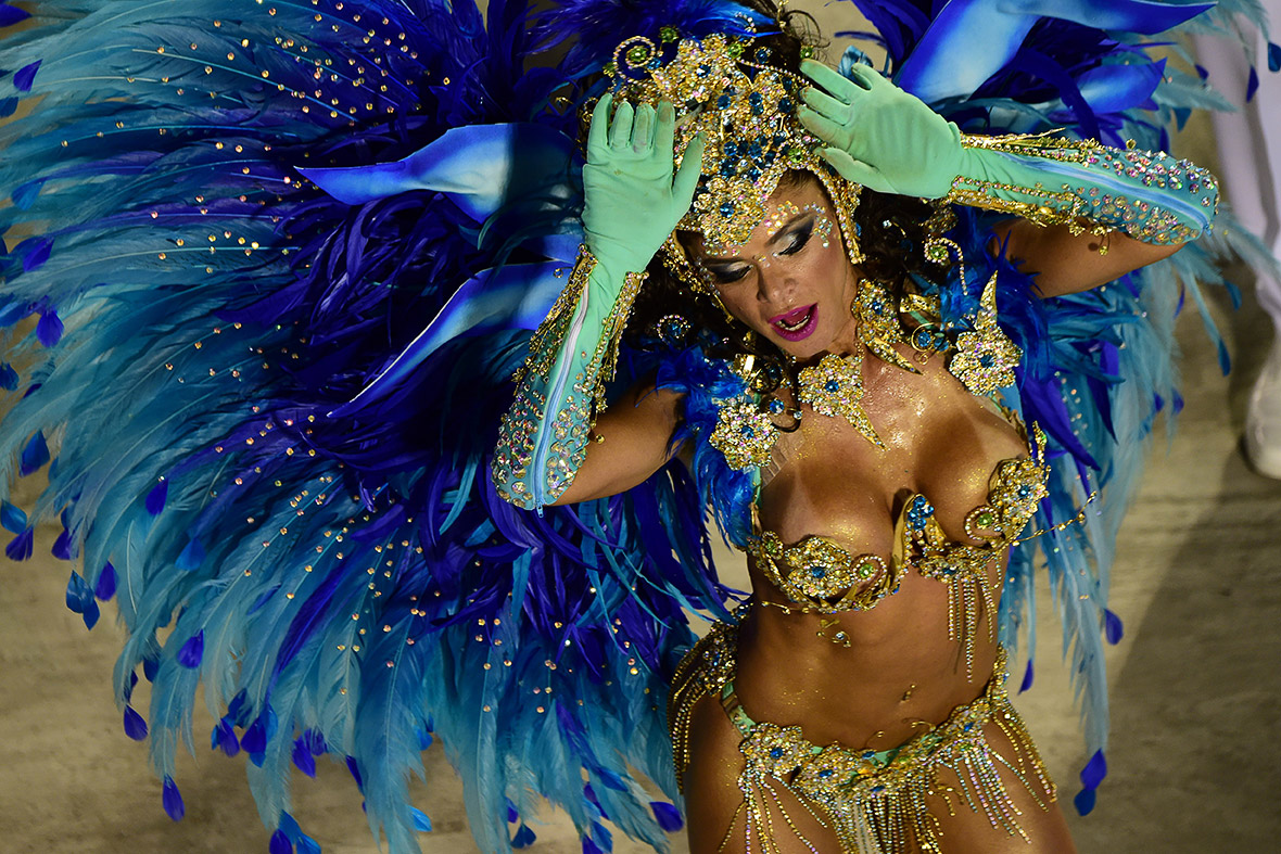 Rio Carnival 2015: Extravagant floats and daring costumes ...