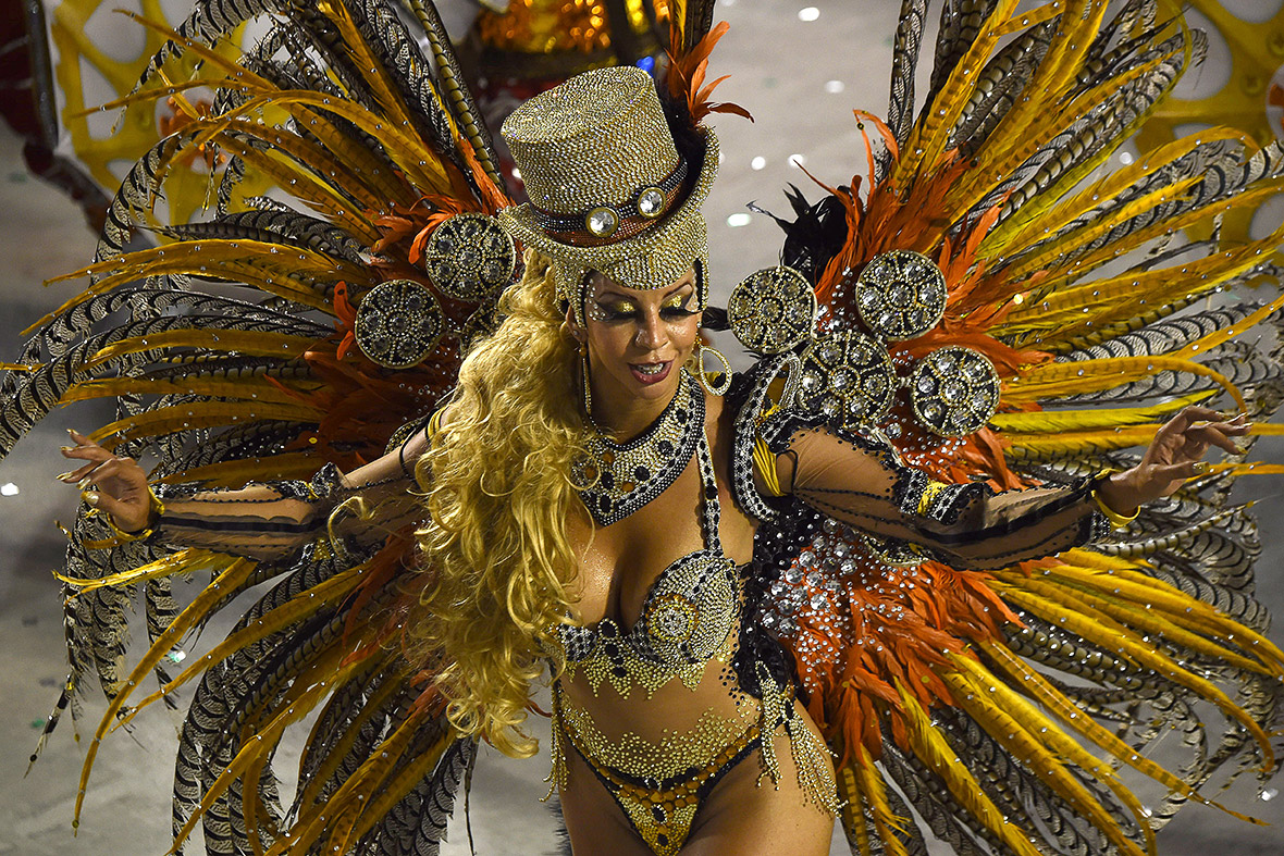 Rio Carnival 2015: Extravagant floats and daring costumes
