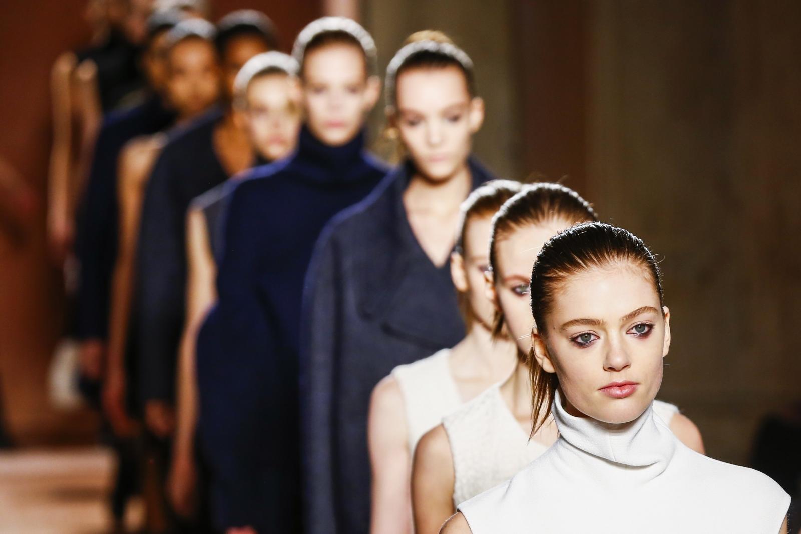 Victoria Beckham deconstructs for Fall 2015