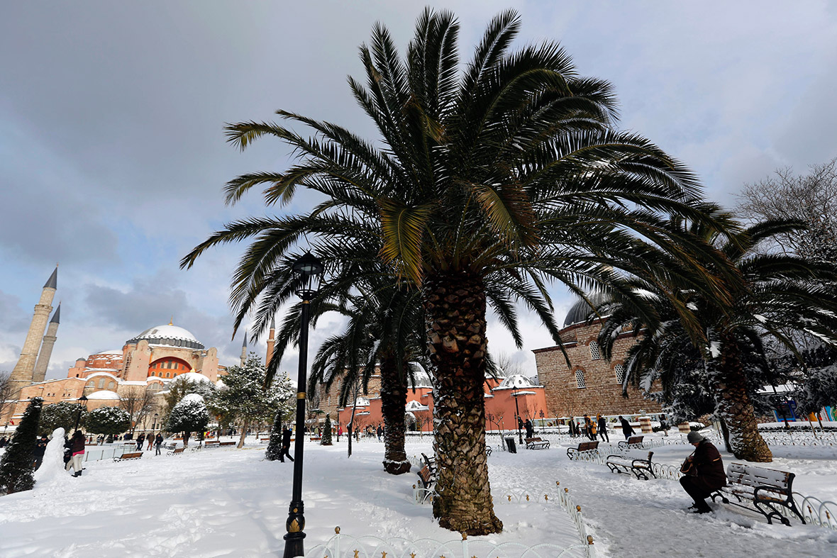 Turkey Istanbul Snow Storm Causes Travel Chaos But Leaves