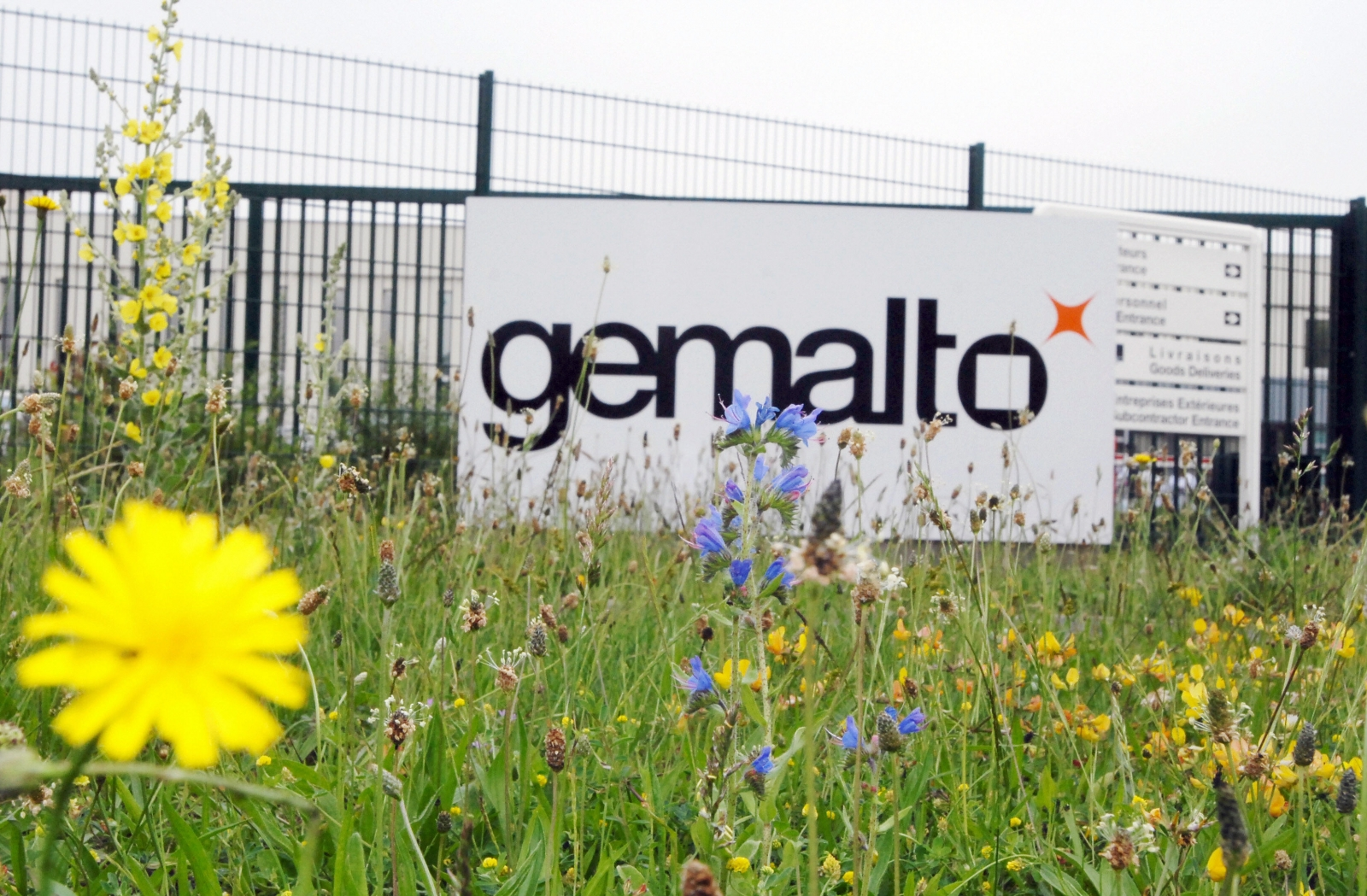Gemalto SIM cards hacked by NSA and GCHQ