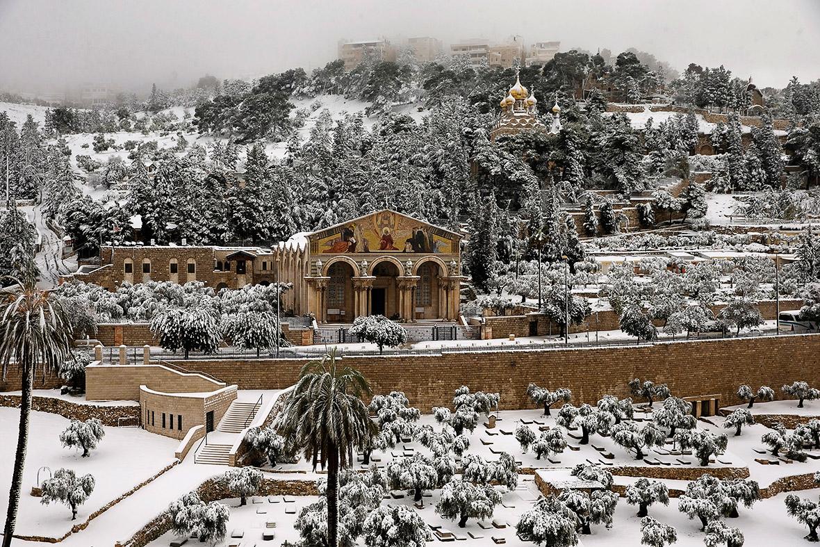 snow jerusalem