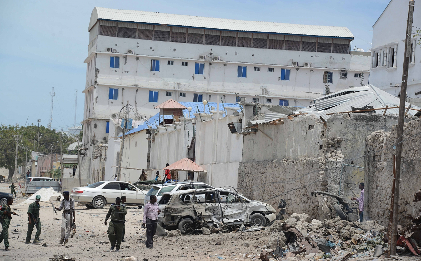 Mogadishu hotels have been previously targetted by al Shabaab militants. This picture shows the aftermath of an attack in January last year on the Makka Al Mukarrama Hotel. (Getty)
