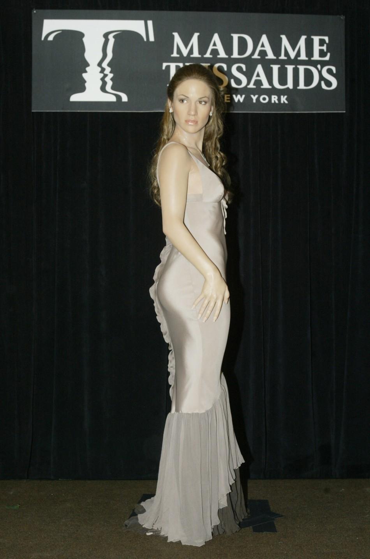 Jennifer Lopez Wax Figure