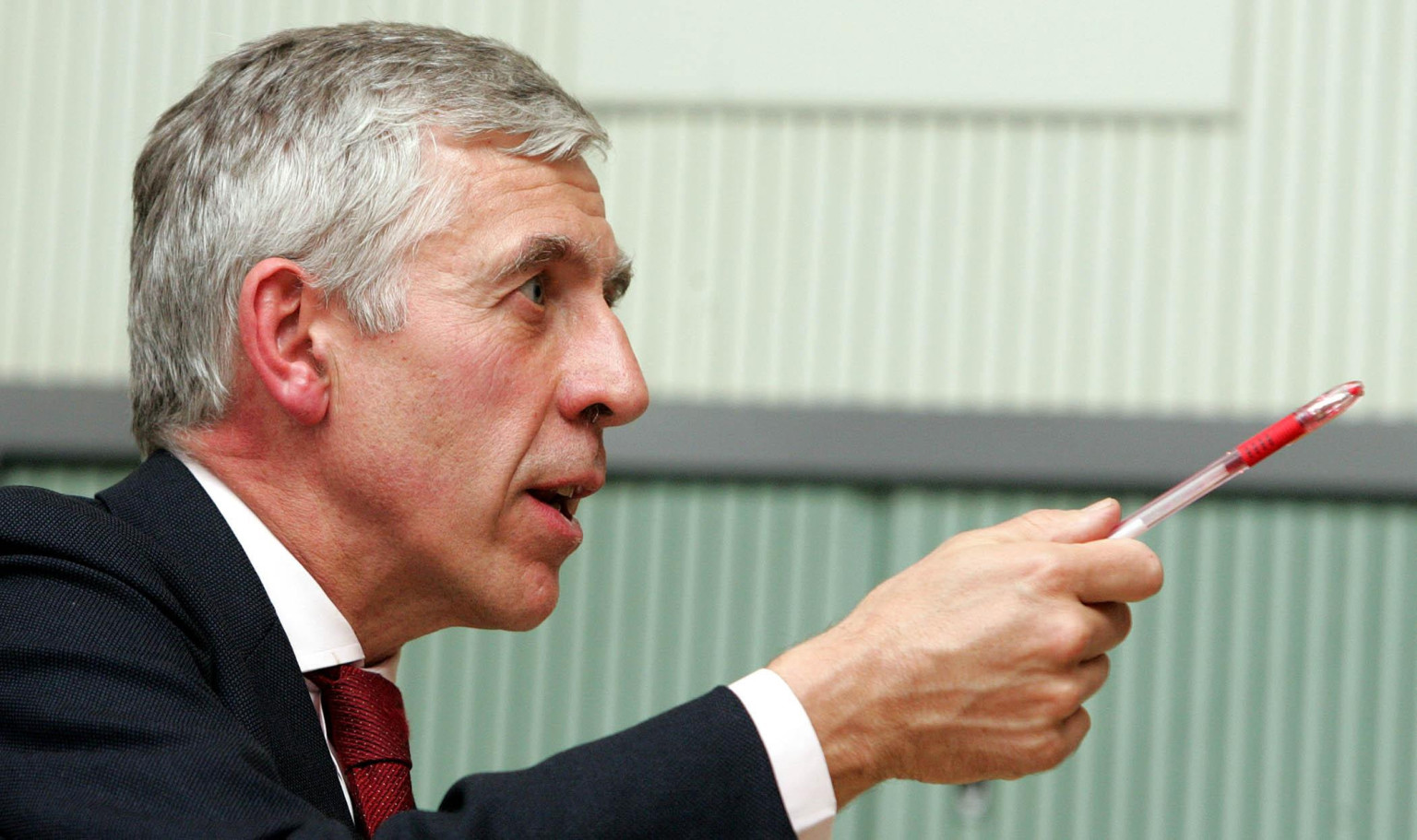 Jack Straw and Malcom Rifkind deny wrongdoing over 'cash for access' report
