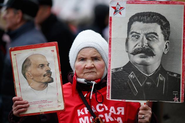 Ukraine: Donetsk celebrates Defender of the Fatherland Day