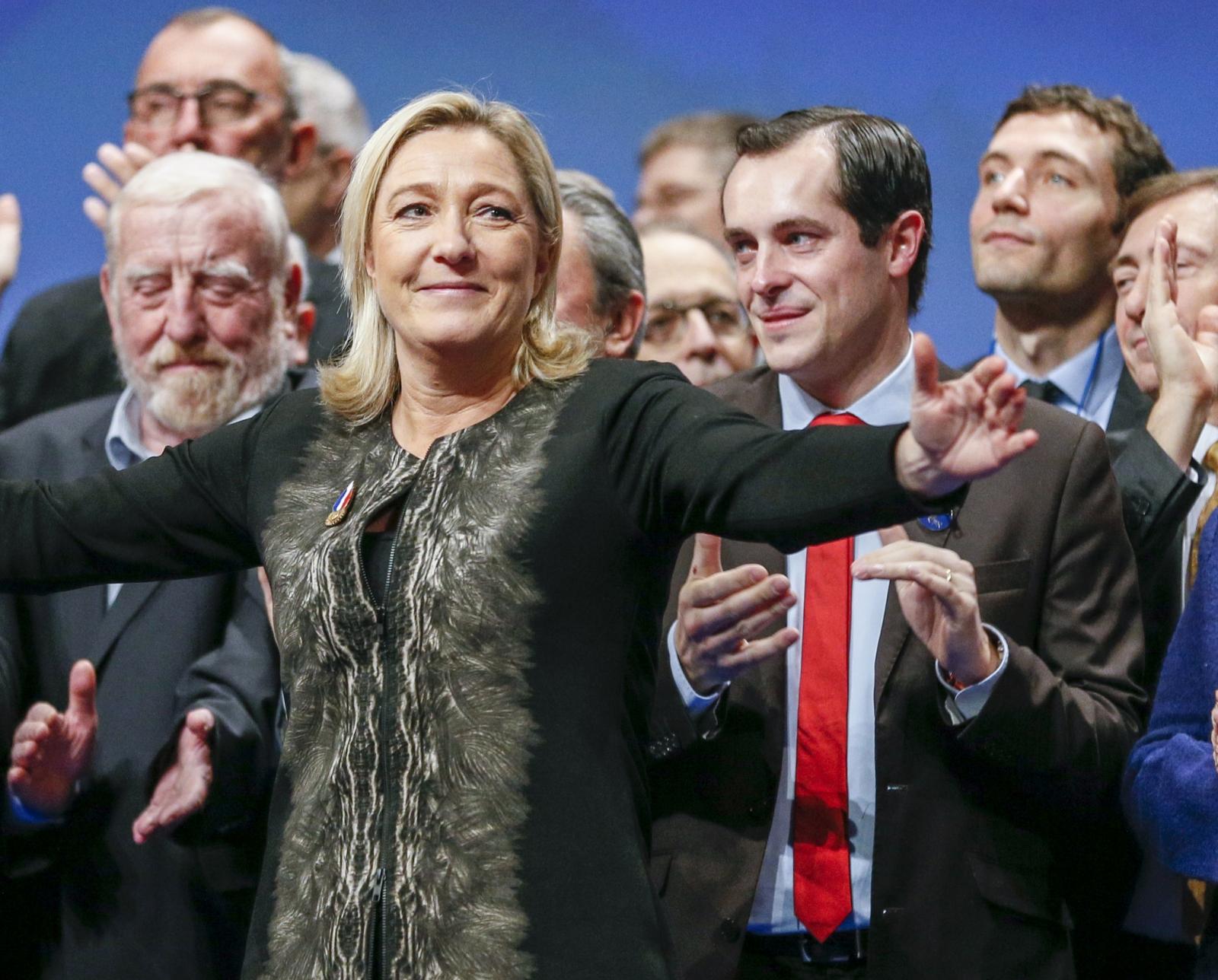 Marine Le Pen FN Madonna
