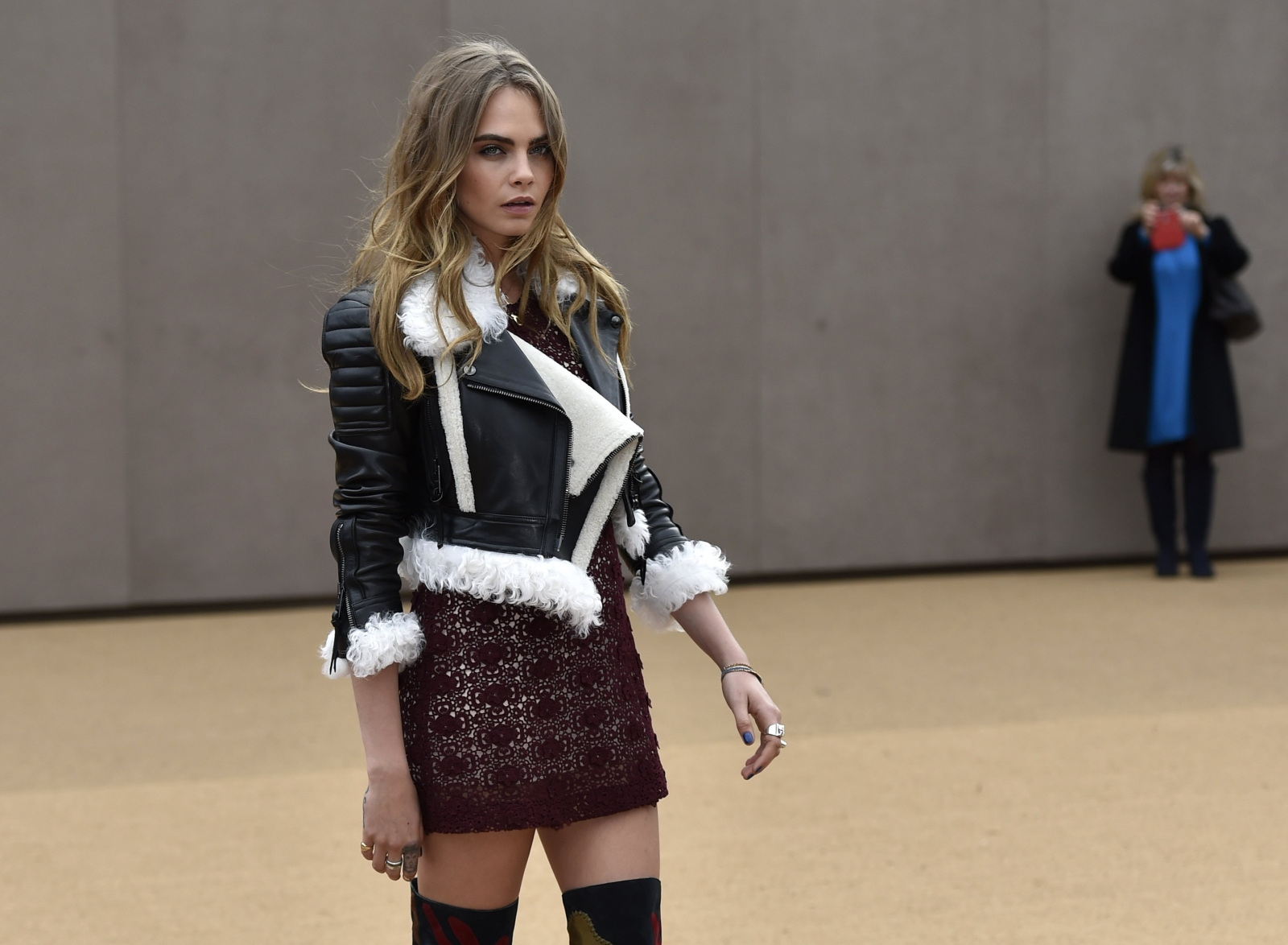 London Fashion Week 2015 Burberry Takes Inspiration From