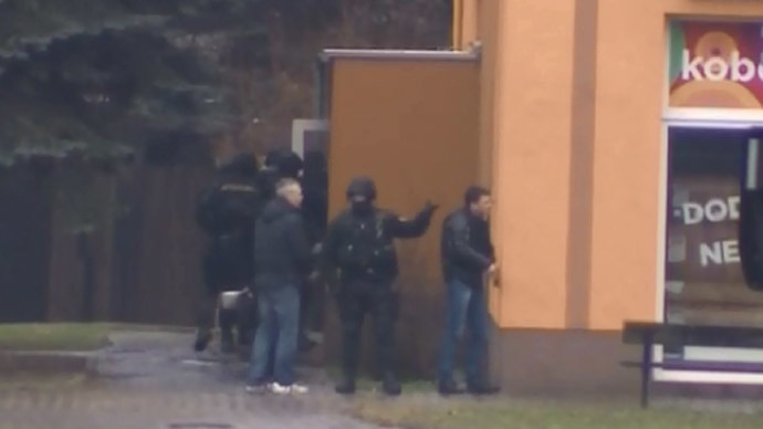 Czech police at the scene of the shooting (CTV24)