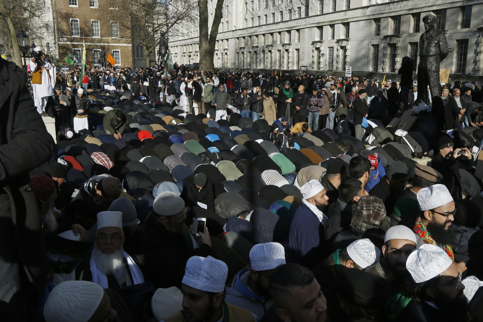 Significant mninority of British Muslims sympathised with reasons for Charlie Hebdo massacre