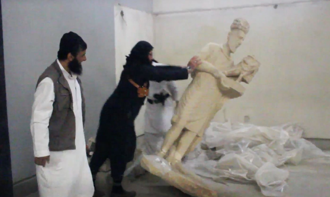 isis destroying statues