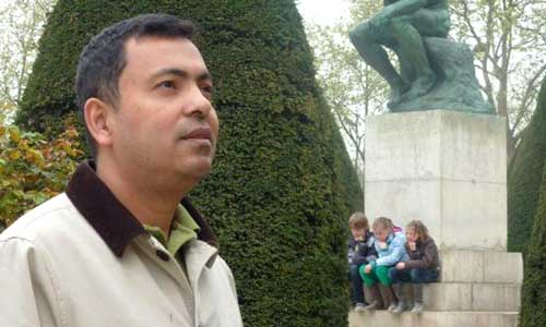 Secular blogger Avijit Roy hacked to death