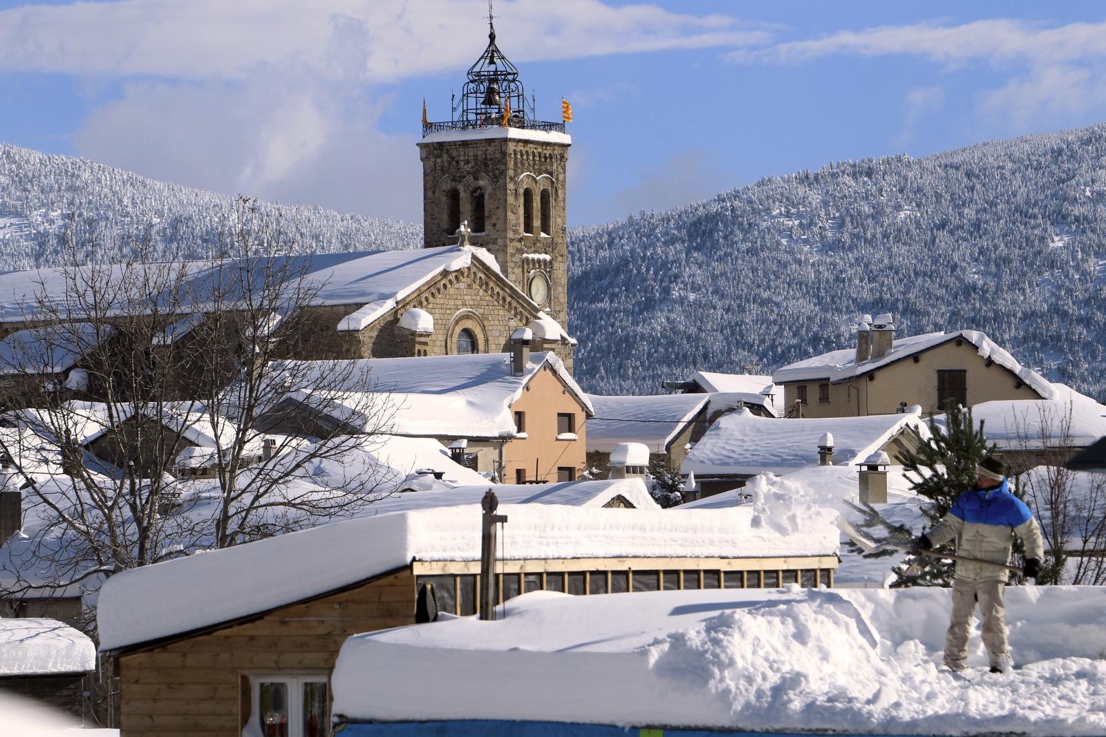 Les Angles Pyrenees ski resort France