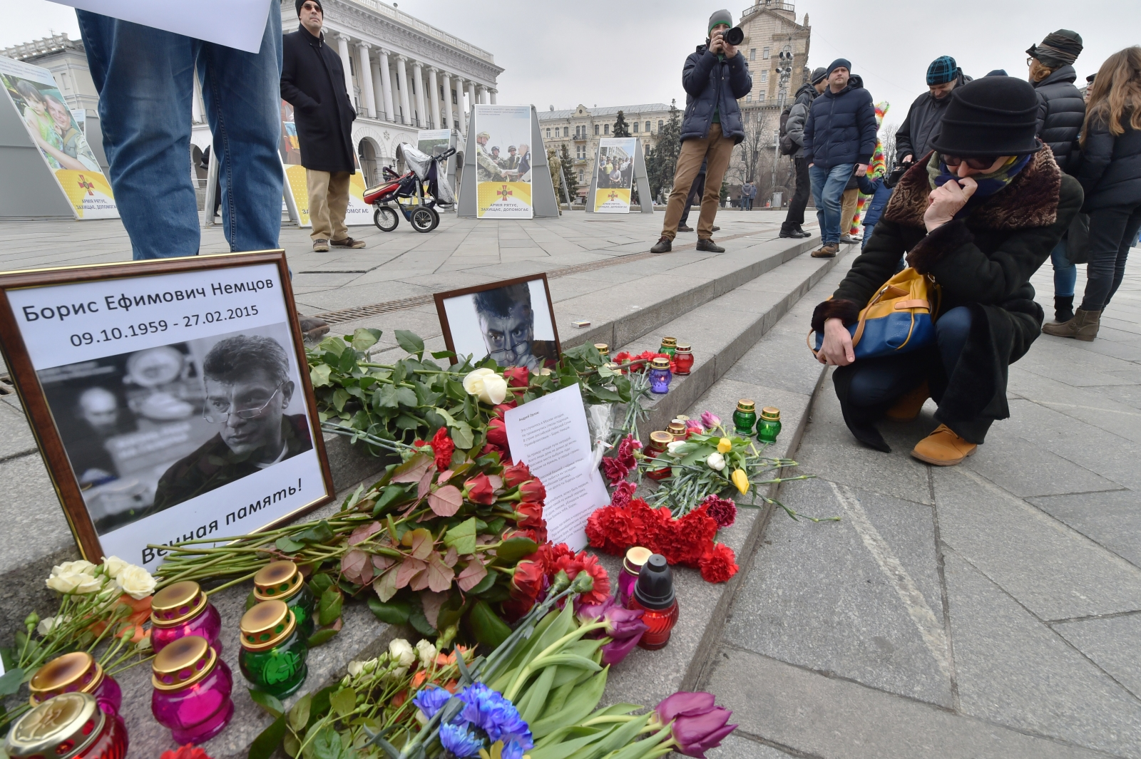 Tributes to Boris Nemtsov in Moscow