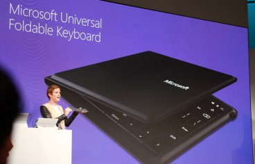 Microsoft foldable Bluetooth keyboard
