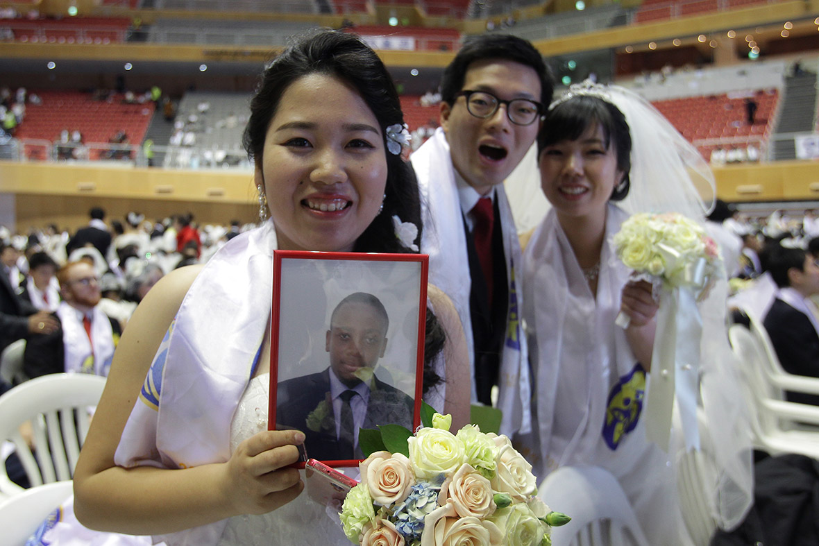 Thousands Of Couples Marry In Mass Wedding At Moonies Church South Korea Photo Report