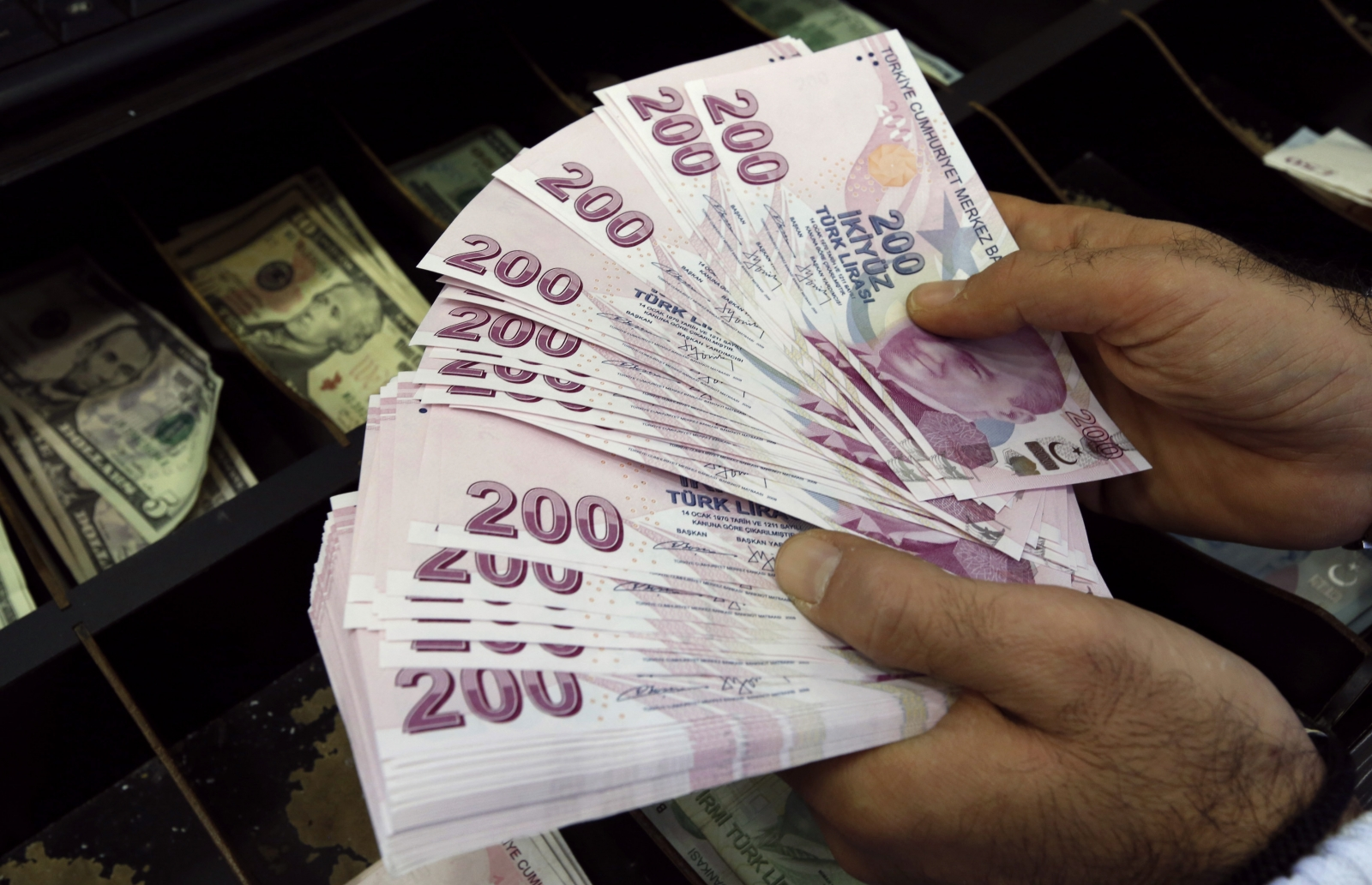 Turkish lira record low
