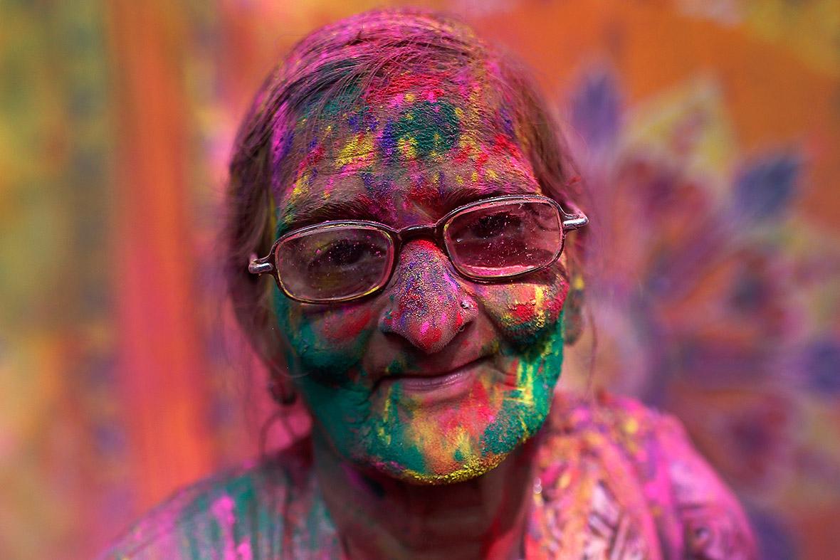 Holi: The Hindu festival of colour in India [Photo report]