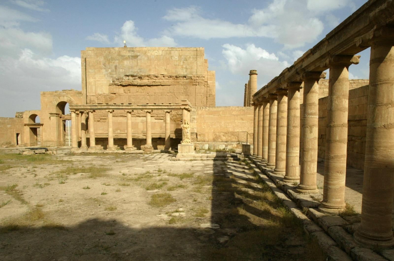 Isis bulldozing Hatra Iraq
