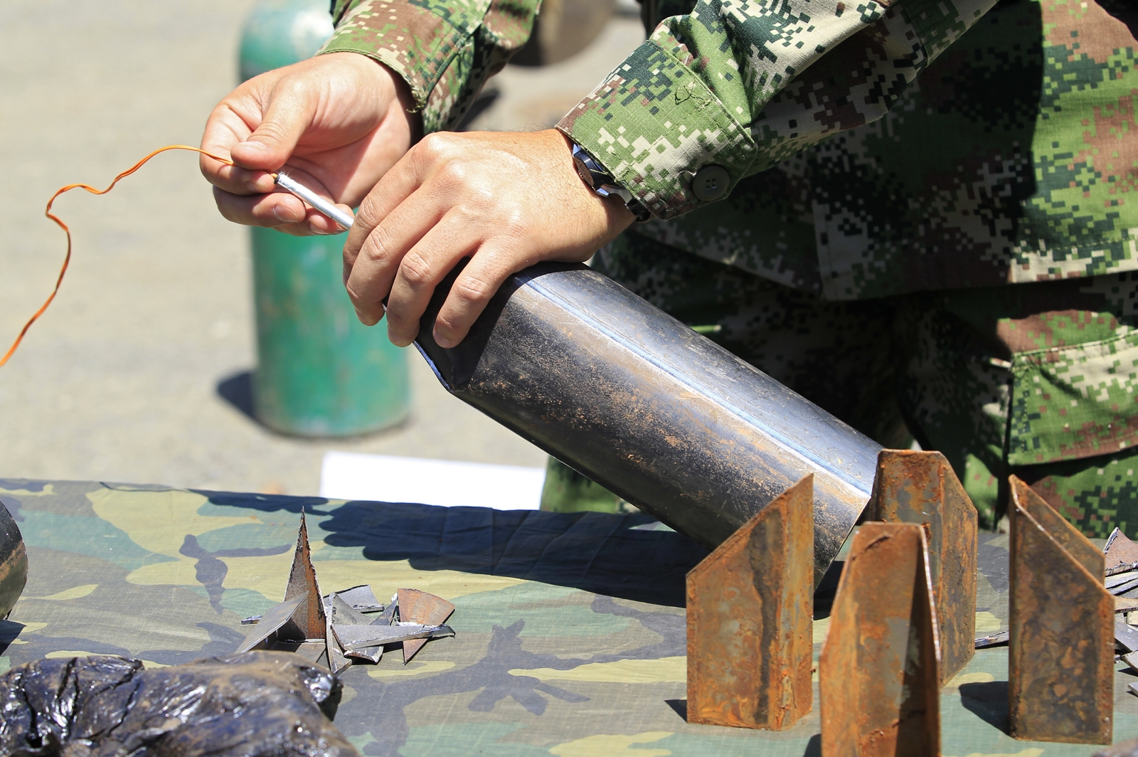 Colombia Farc Mine Arm