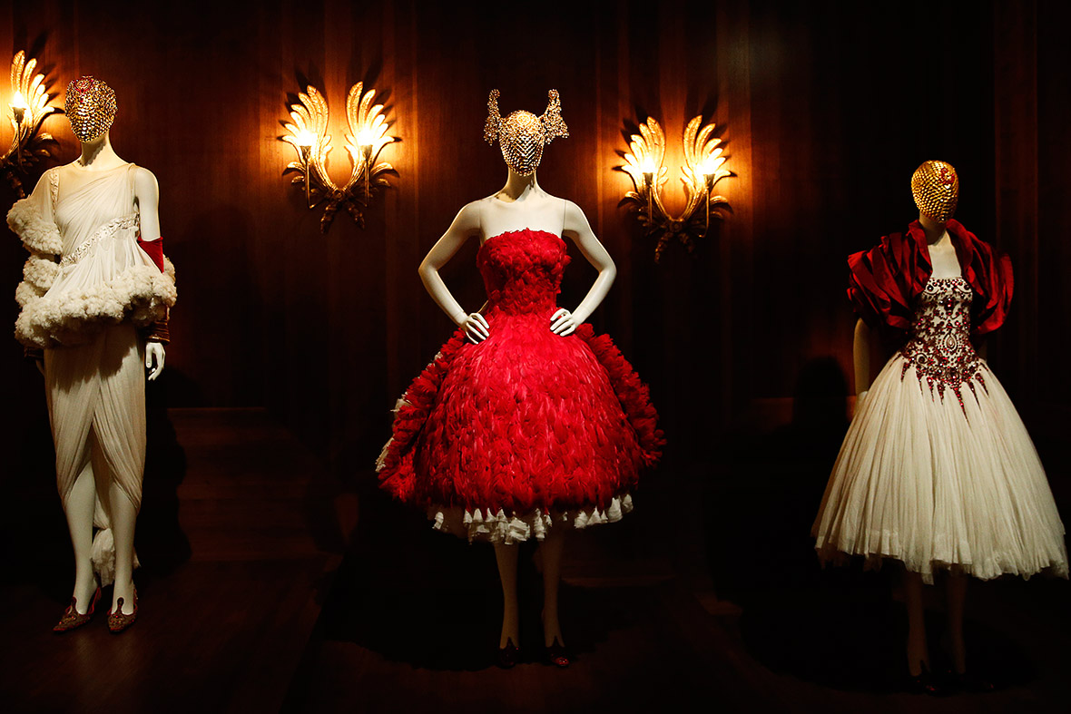 Alexander McQueen Savage Beauty V&A