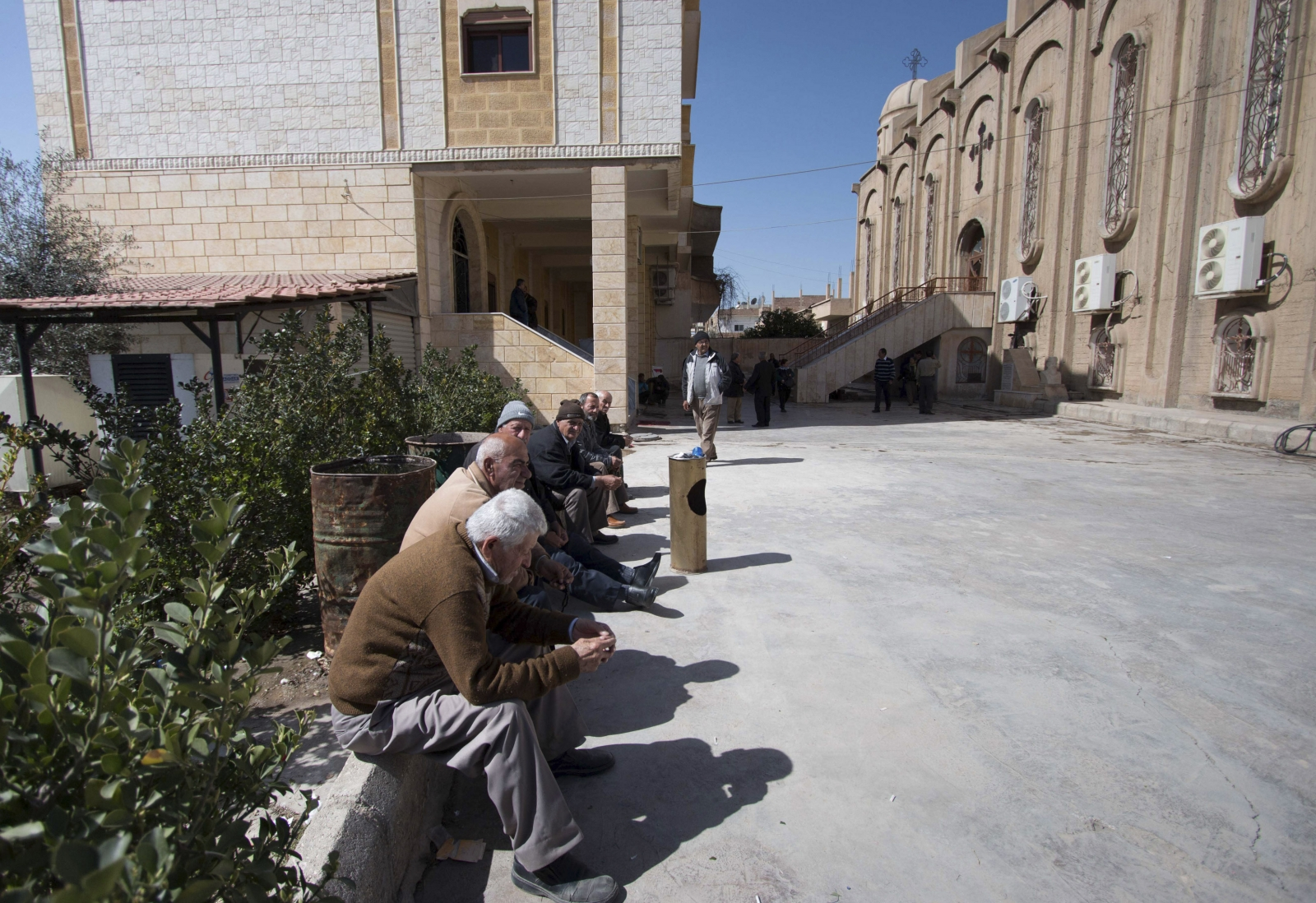 Displaced Assyrian Christians Isis
