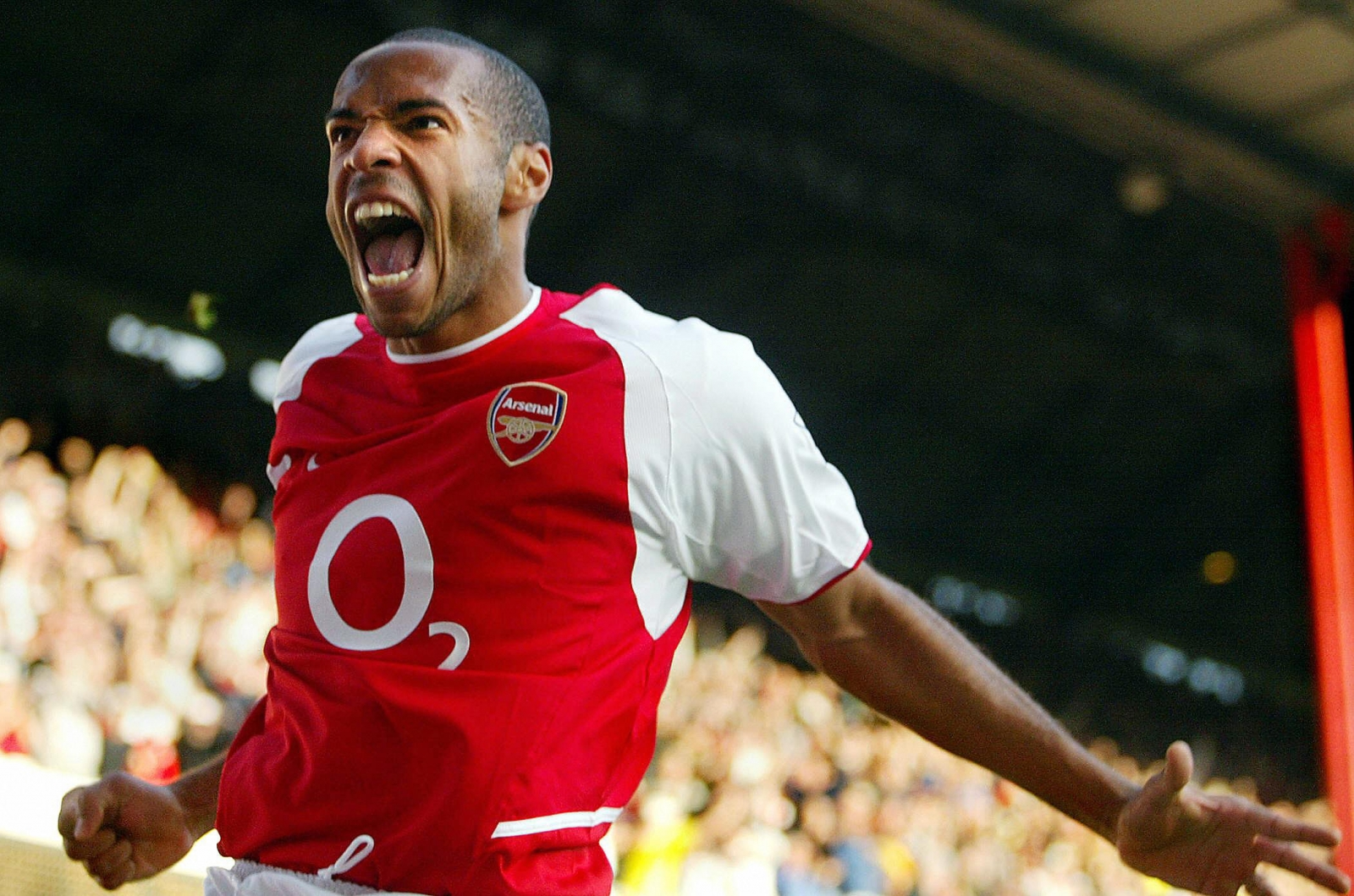chelsea tried to sign arsenal record goalscorer thierry henry in