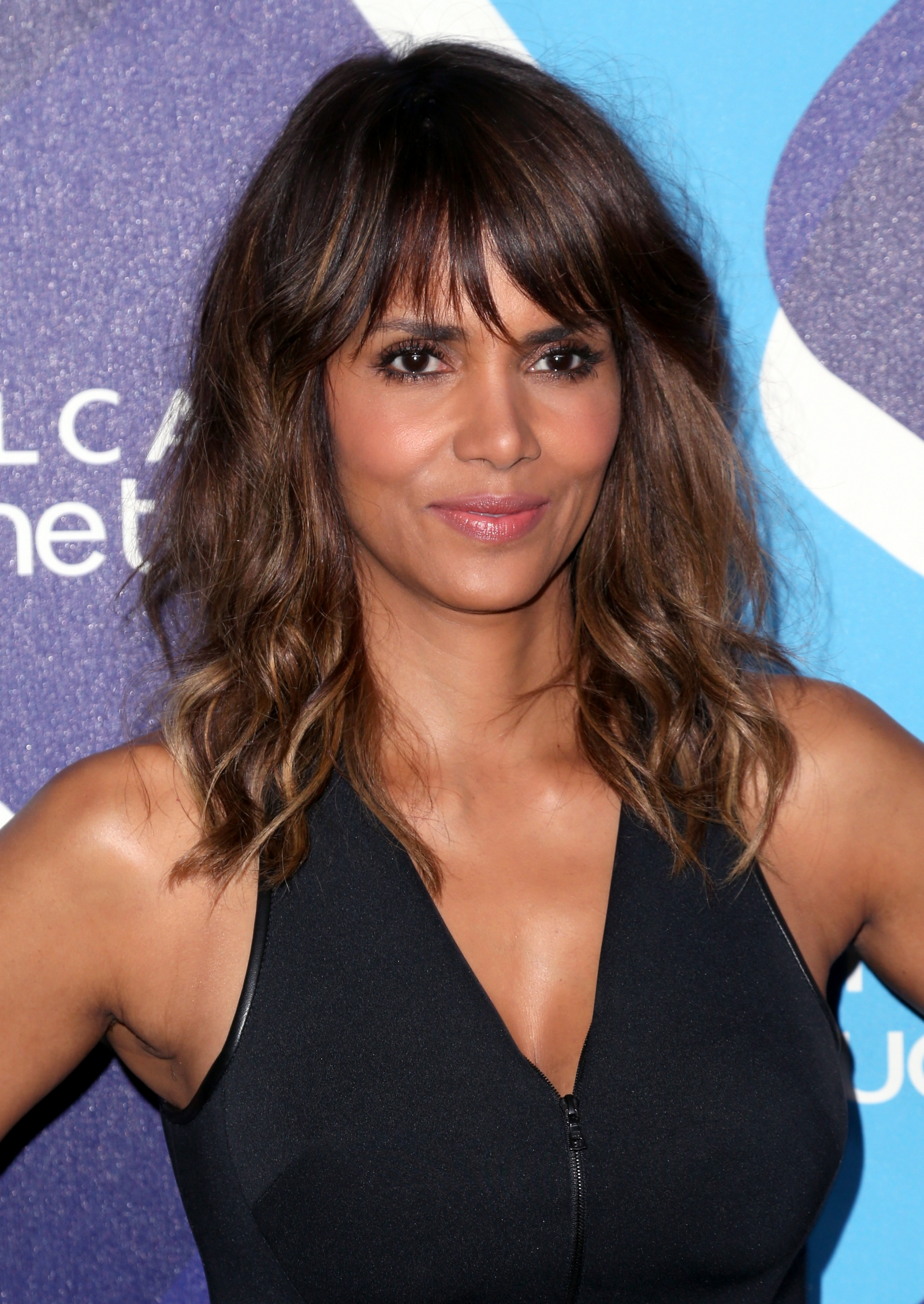 Halle Berry Compares Plastic Surgery To Crack Cocaine