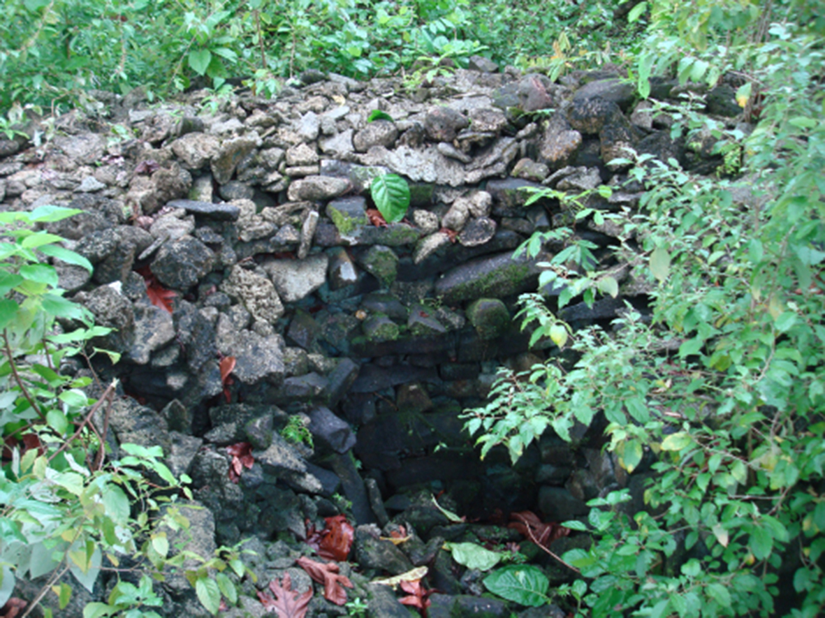 kosrae ancient tombs