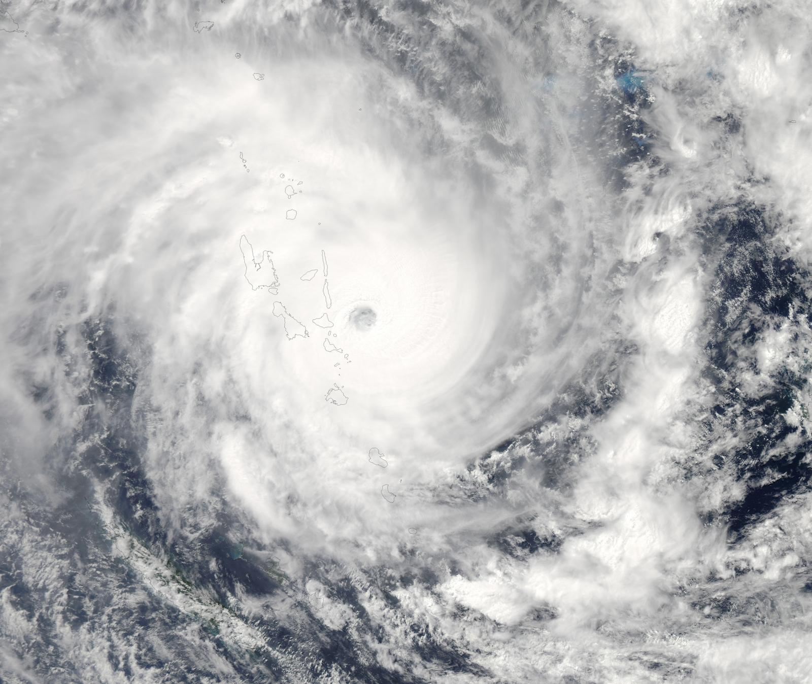 Cyclone Pam batters Vanuatu