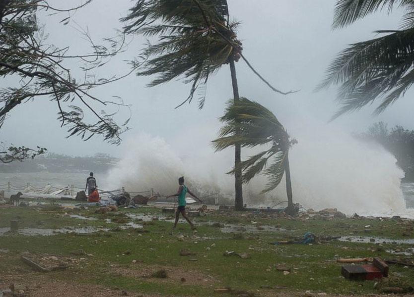 Cyclone Pam hits Vanuata