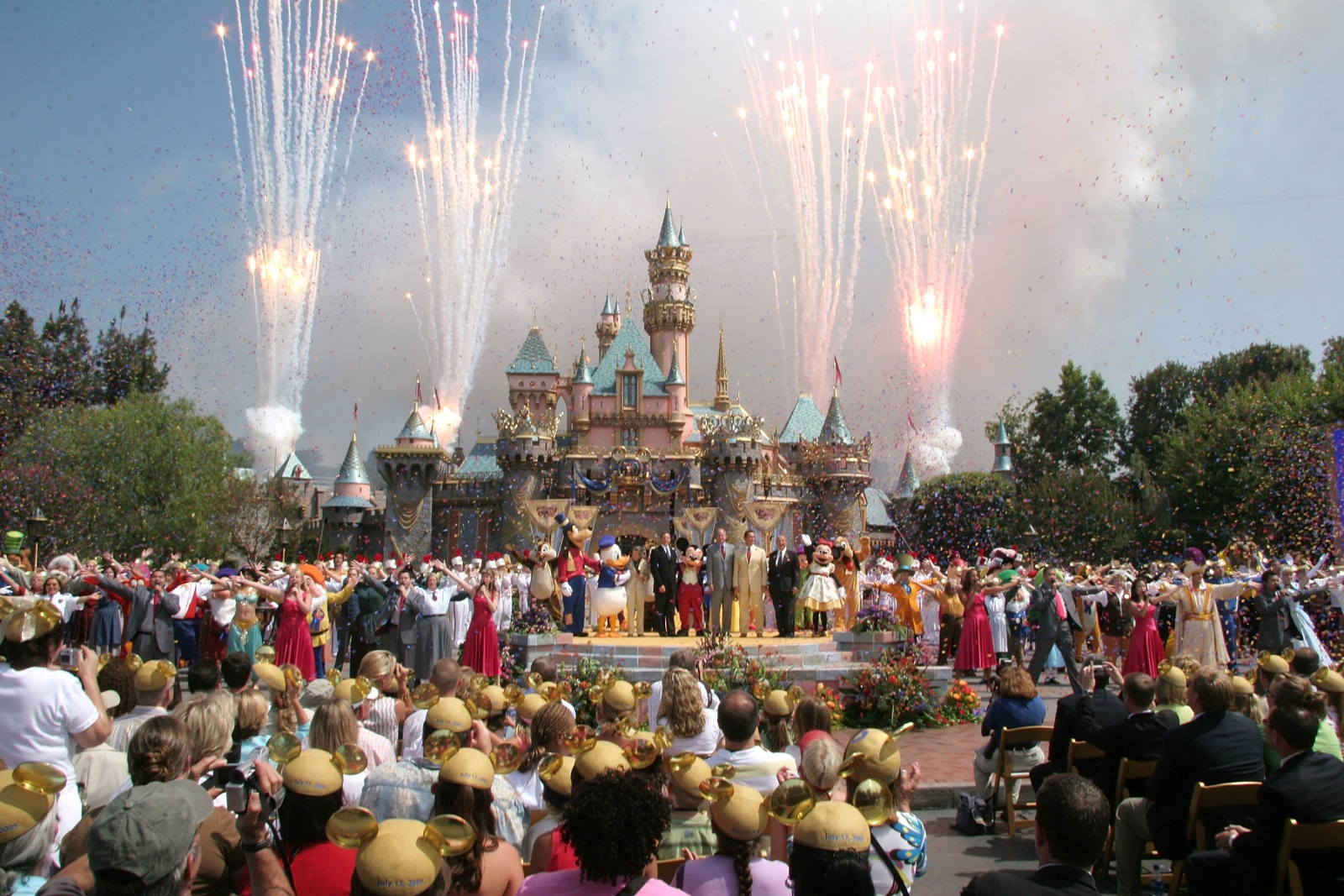 disneyland measles