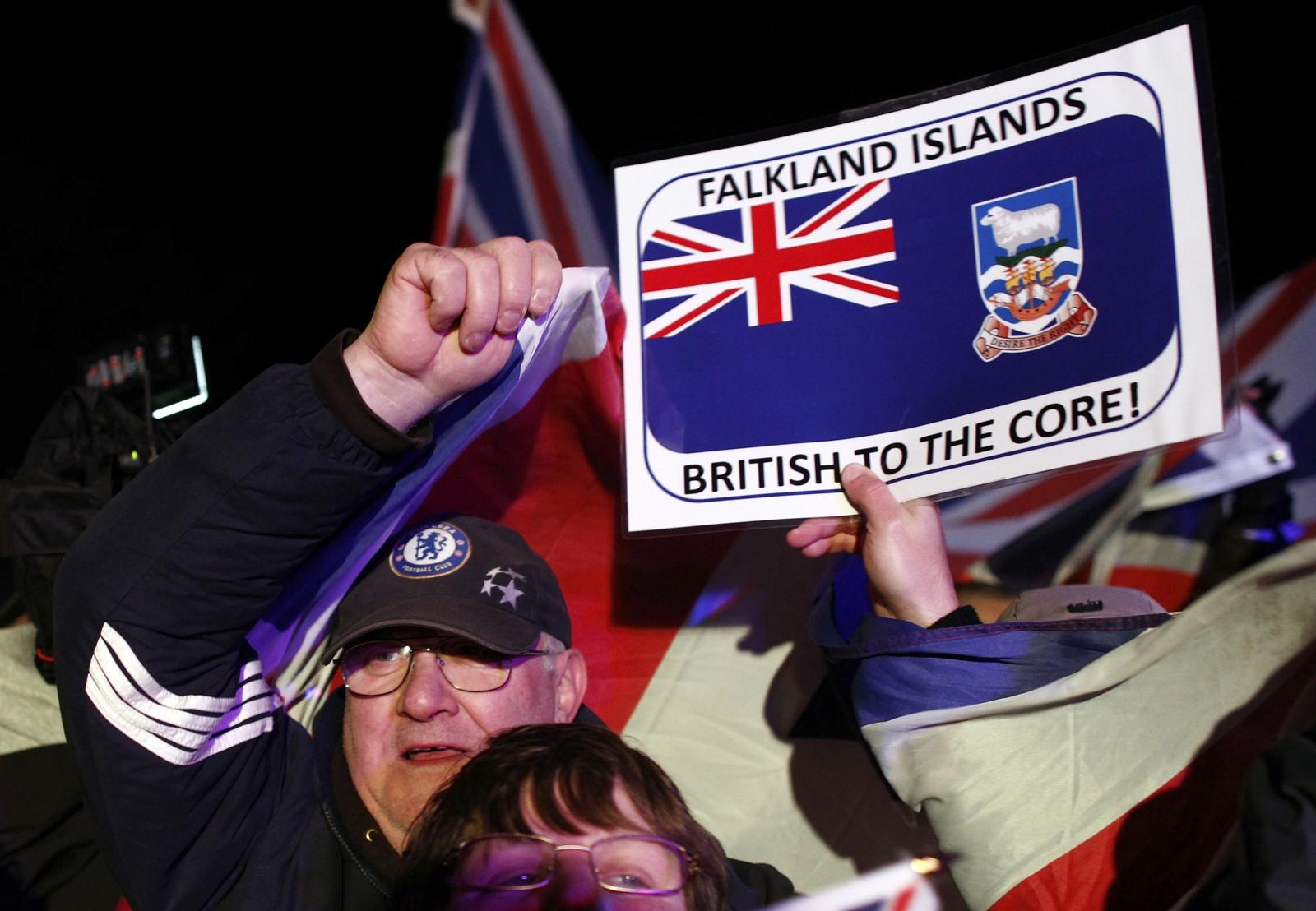 Falklands residents vote