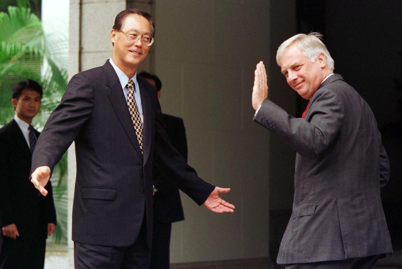 Goh Chok Tong and Chris Patten