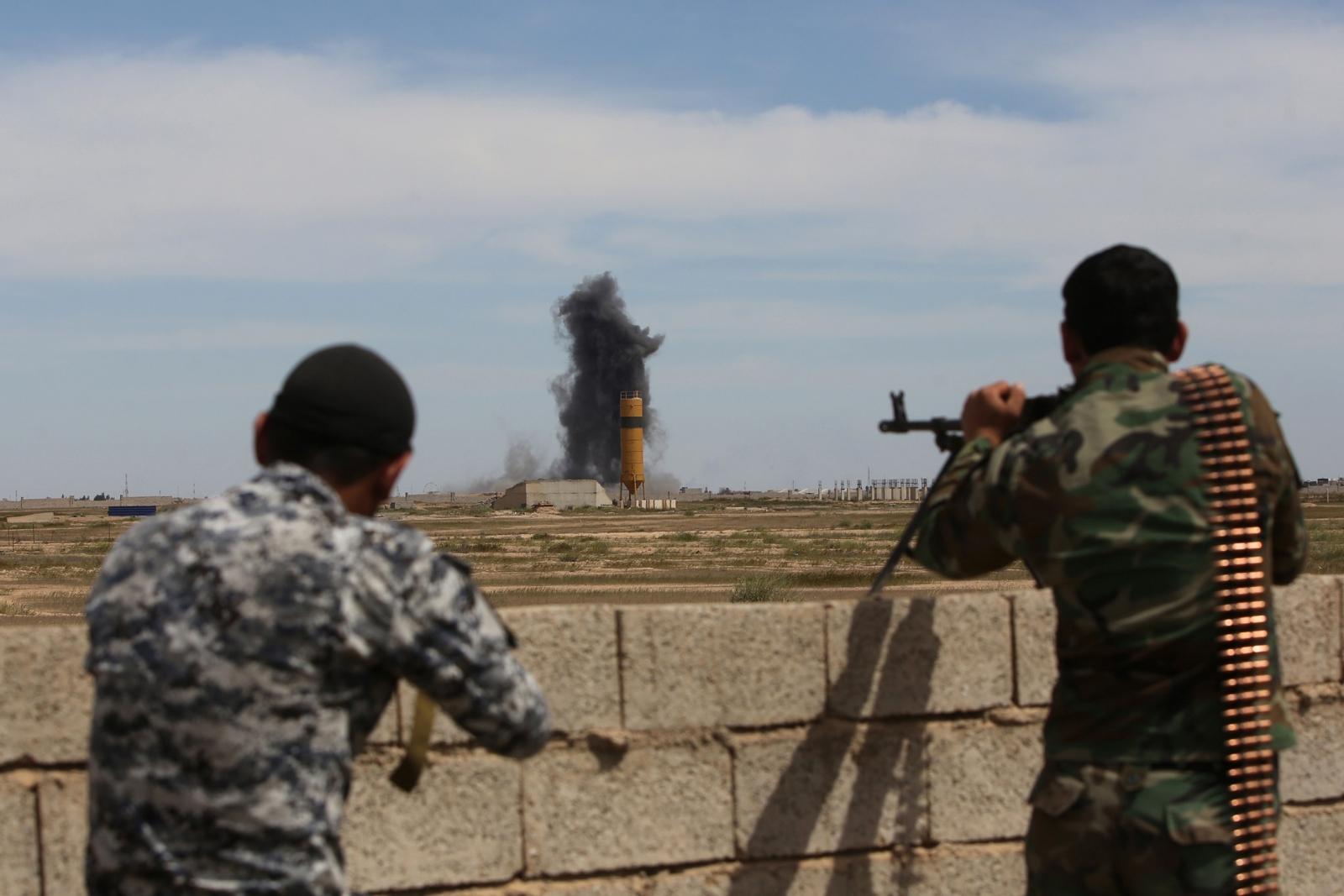 Tikrit air strike