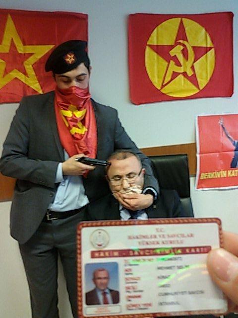 Berkin Elvan prosecutor hostage