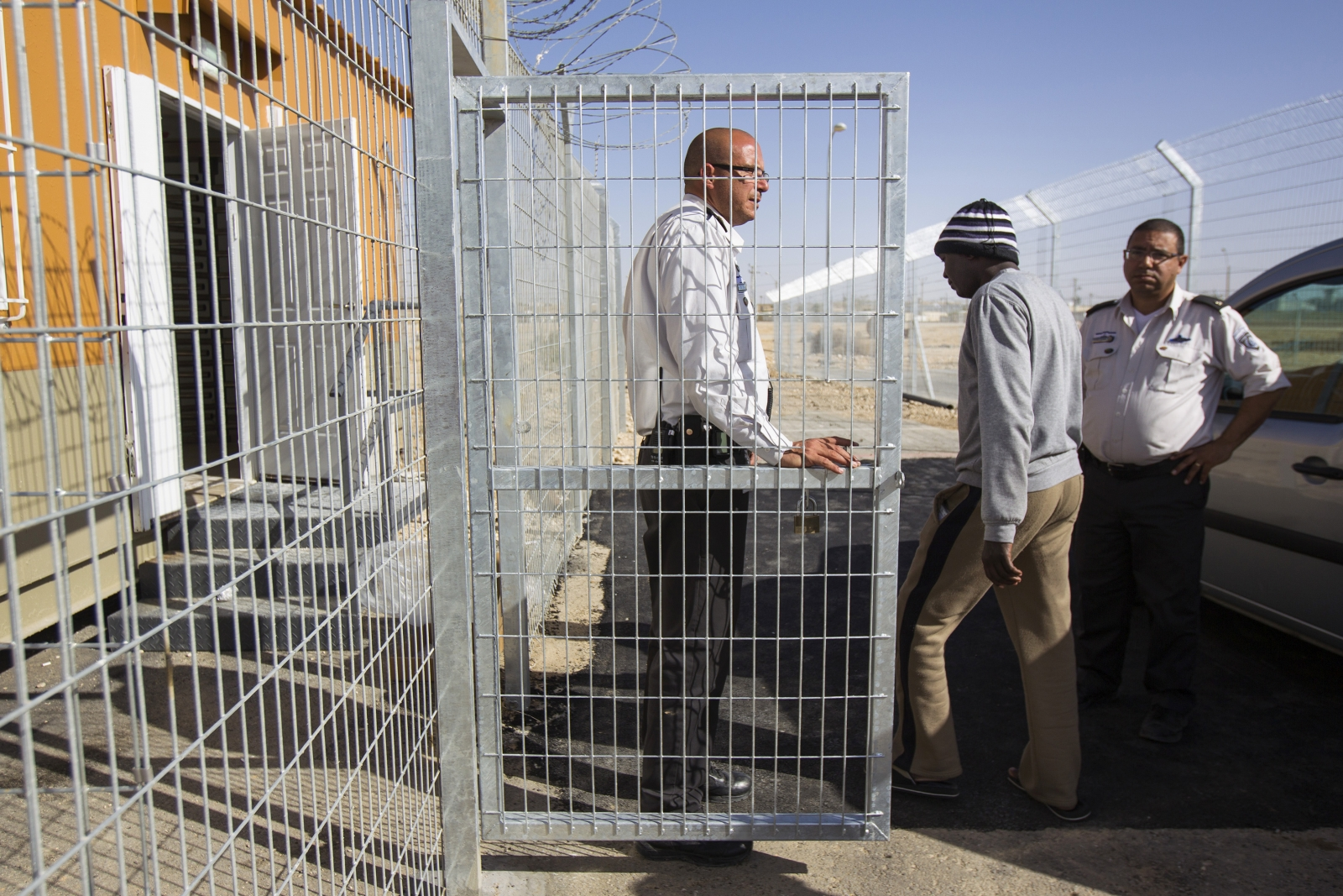 Israel migrants Holot detention centre