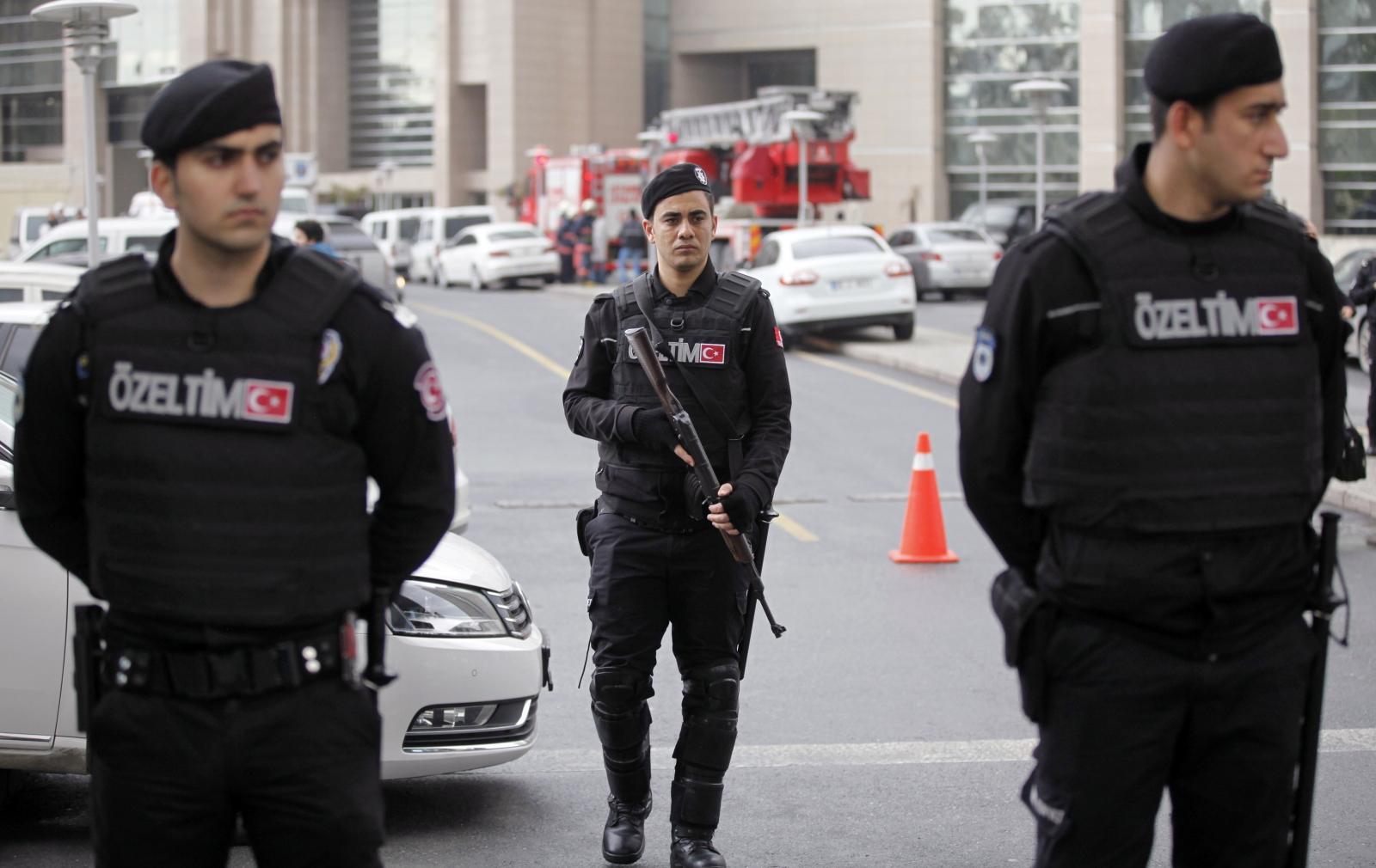 Istanbul gunmen AKP