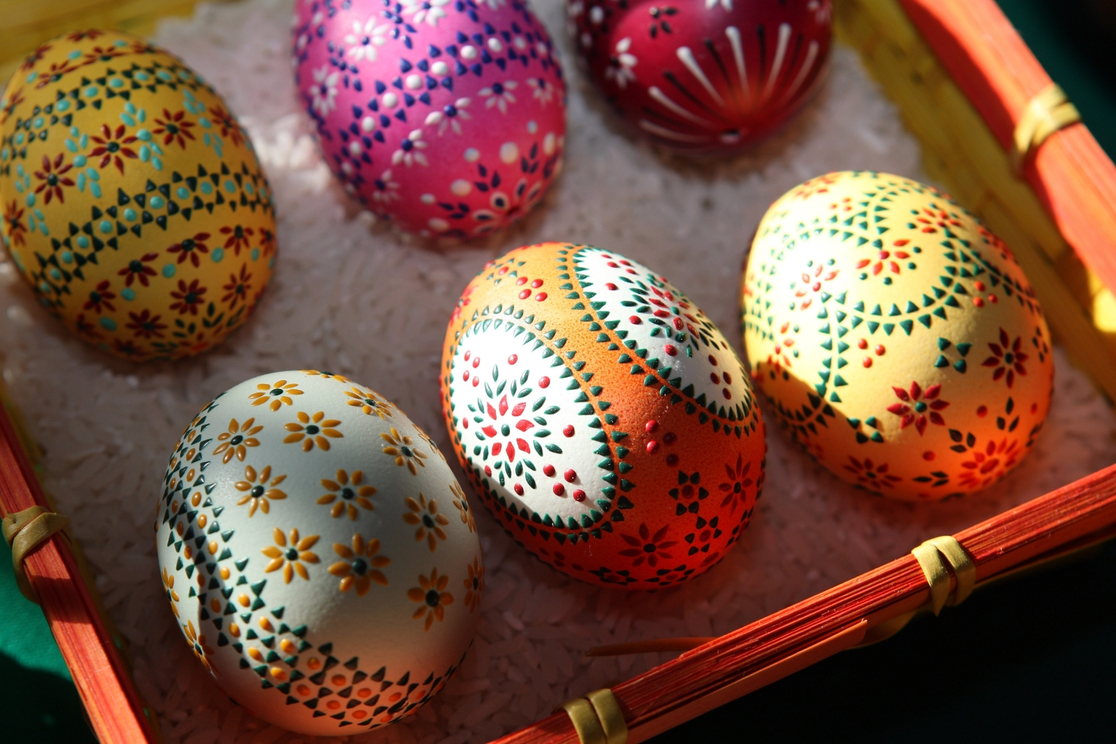 Easter wooden eggs