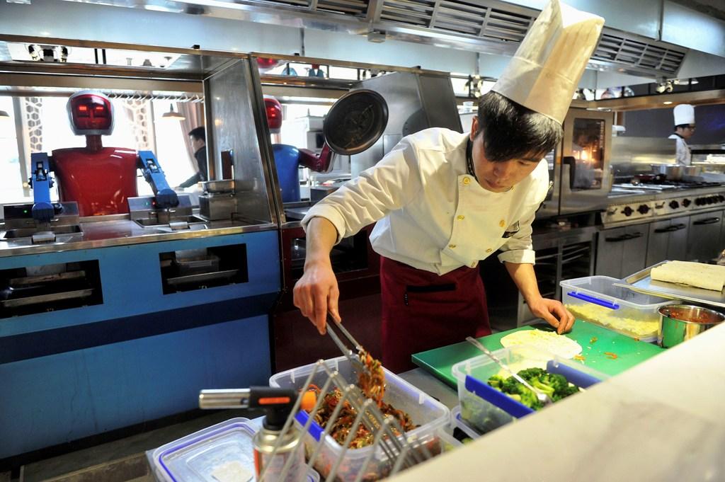 Robot Restaurant China