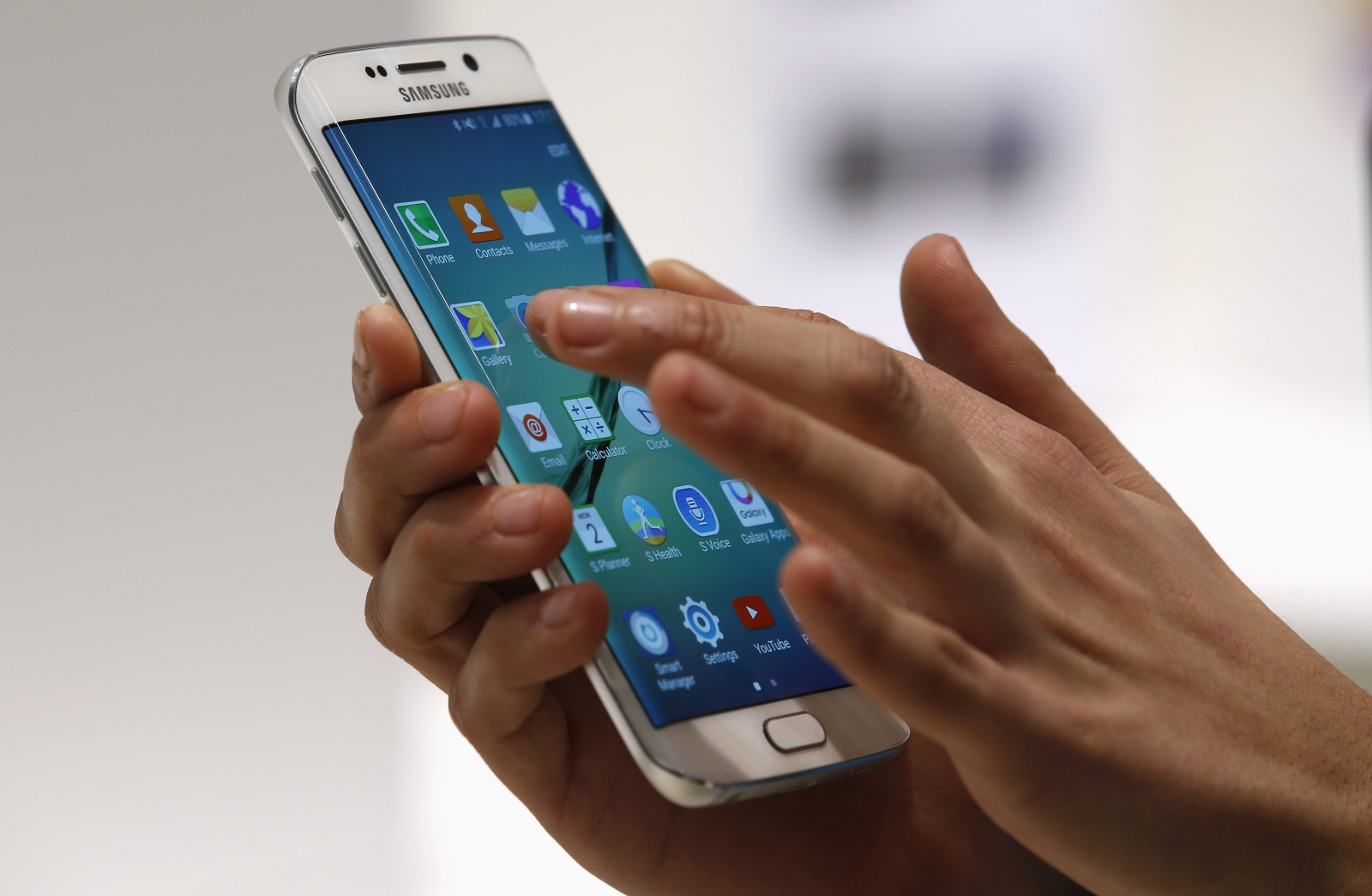 Samsung 11K smartphone display