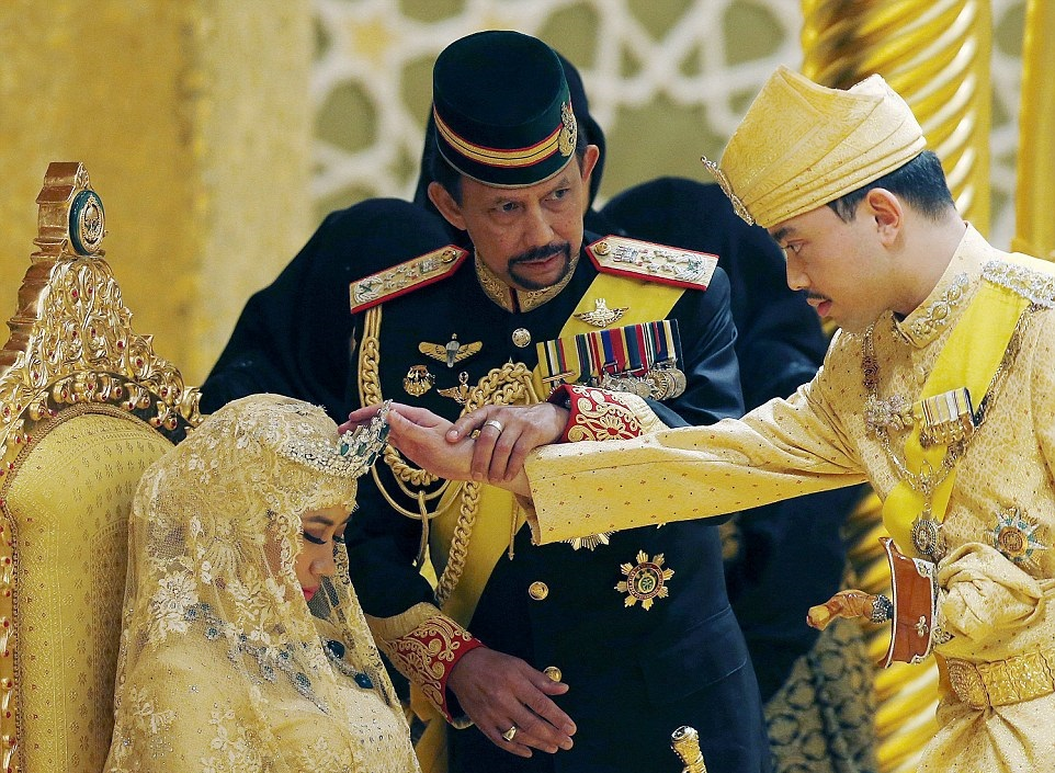 Brunei The Opulent Wedding Of Prince Abdul Son Of One Of