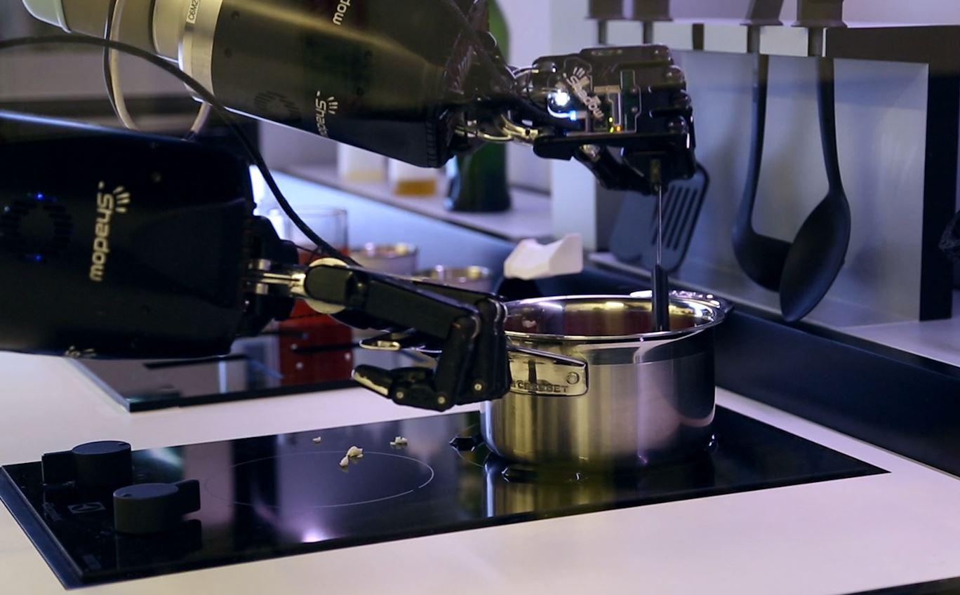 Robot Chef Cooking Robot