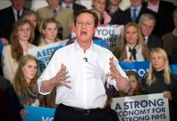 David Cameron campaigning in 2015