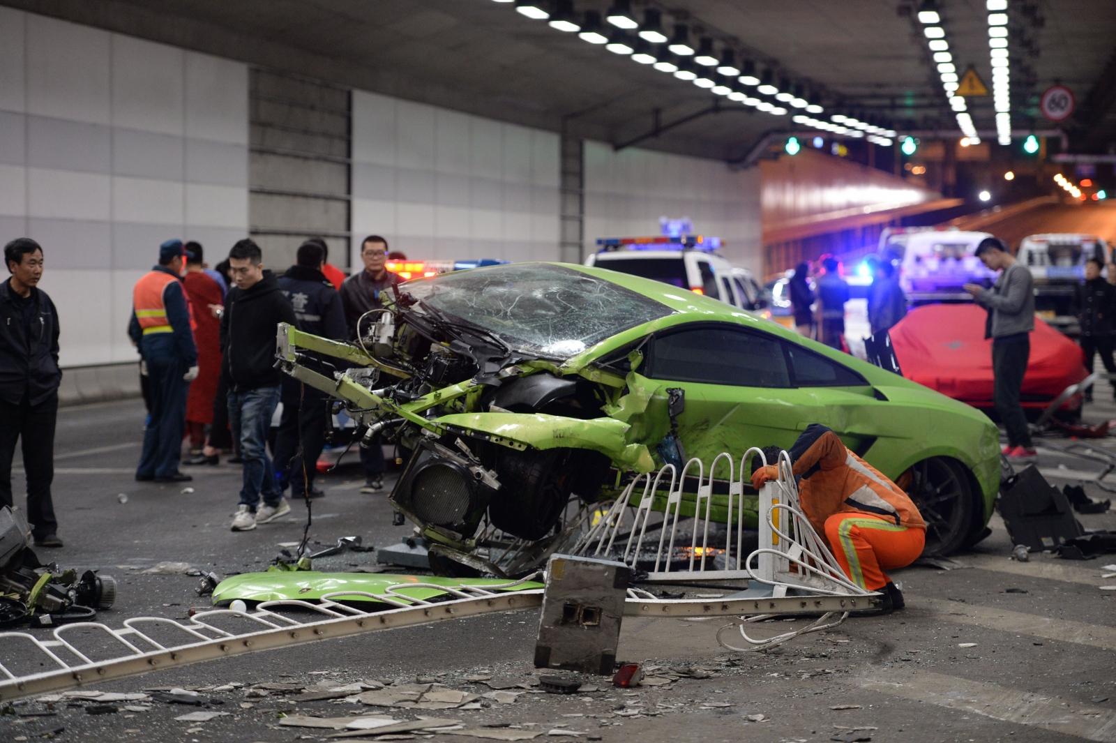 Lamborghini Ferrari Crash Beijing