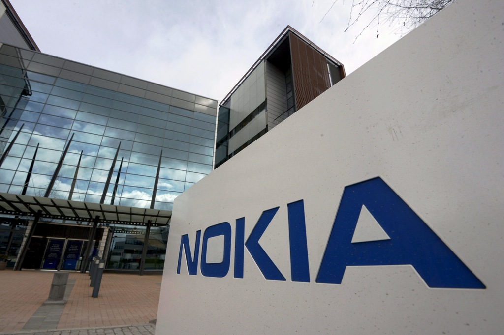 Nokia First-Quarter Results and Shares