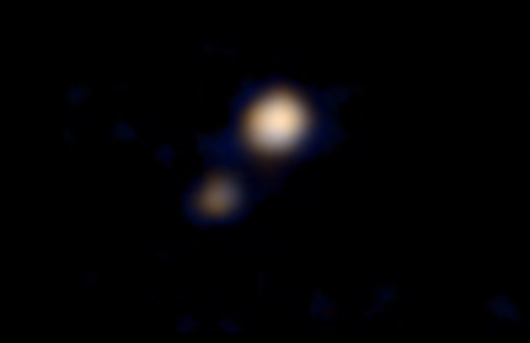 first photo colour pluto