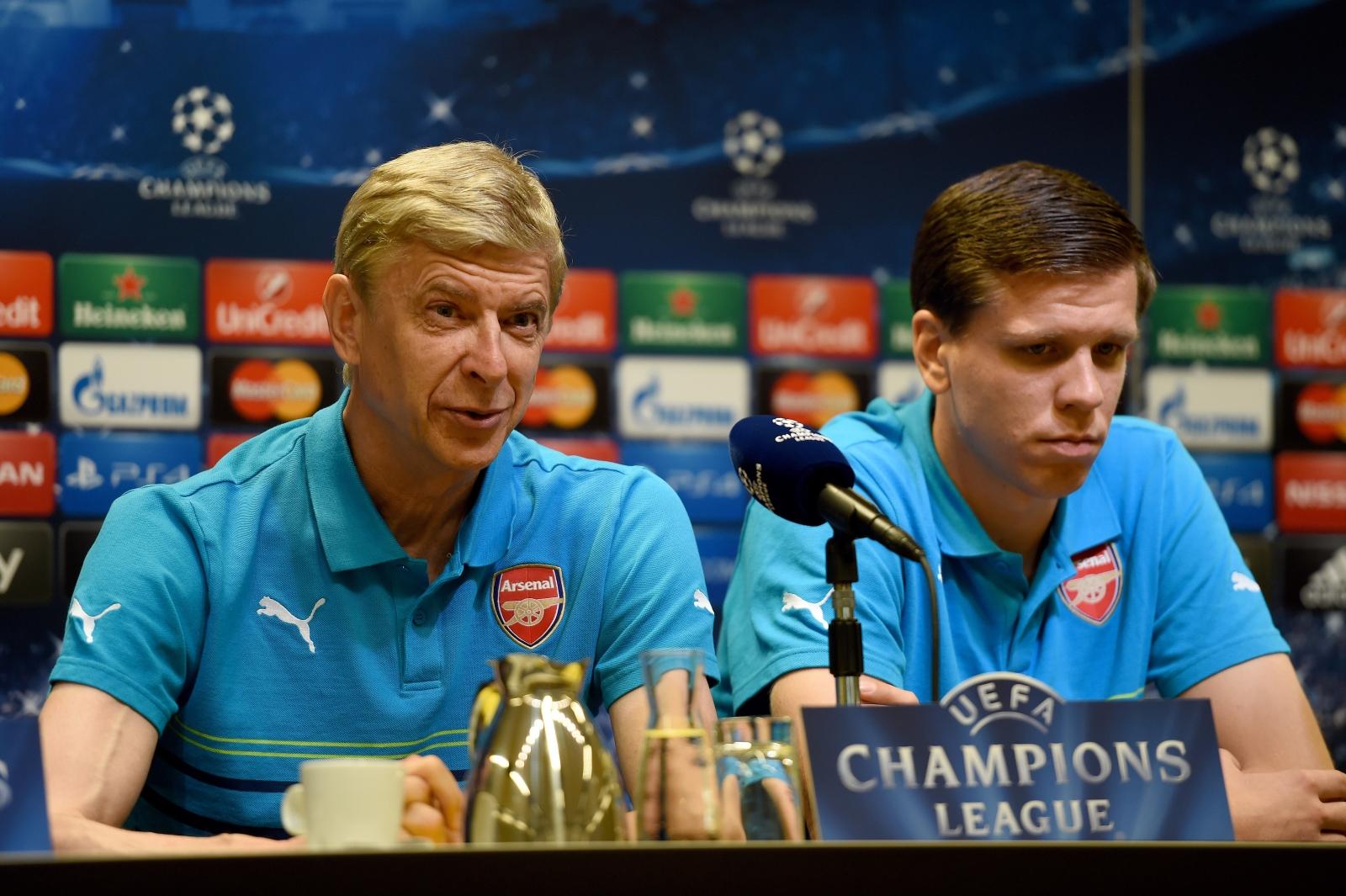 Arsene Wenger and Wojciech Szczesny