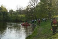Rescue teams at Hampstead Ponds