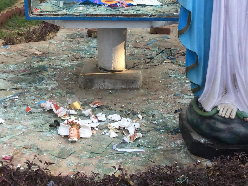 India Agra Church Vandalised